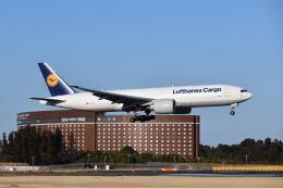 ポン太さんが、成田国際空港で撮影したルフトハンザ・カーゴ 777-FBTの航空フォト(飛行機 写真・画像)