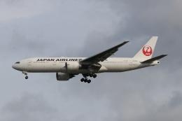 磐城さんが、シンガポール・チャンギ国際空港で撮影した日本航空 777-246/ERの航空フォト(飛行機 写真・画像)