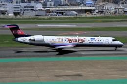 ウッディーさんが、福岡空港で撮影したアイベックスエアラインズ CL-600-2C10(CRJ-702)の航空フォト(飛行機 写真・画像)