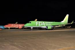 ウッディーさんが、名古屋飛行場で撮影したフジドリームエアラインズ ERJ-170-200 (ERJ-175STD)の航空フォト(飛行機 写真・画像)