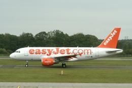 NIKEさんが、エディンバラ空港で撮影したイージージェット A319-111の航空フォト(飛行機 写真・画像)