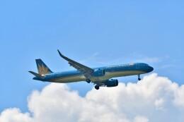 Hiro Satoさんが、スワンナプーム国際空港で撮影したベトナム航空 A321-272Nの航空フォト(飛行機 写真・画像)