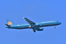 Hiro Satoさんが、スワンナプーム国際空港で撮影したベトナム航空 A321-231の航空フォト(飛行機 写真・画像)