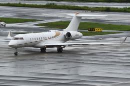 Yashiさんが、羽田空港で撮影したウィルミントン・トラスト・カンパニー BD-700-1A10 Global 6000の航空フォト(飛行機 写真・画像)