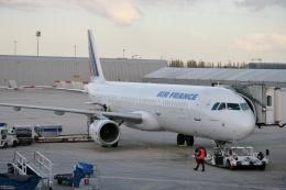 TA27さんが、パリ シャルル・ド・ゴール国際空港で撮影したエールフランス航空 A321-211の航空フォト(飛行機 写真・画像)