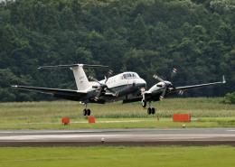ビッグジョンソンさんが、高遊原分屯地で撮影した陸上自衛隊 LR-2の航空フォト(飛行機 写真・画像)