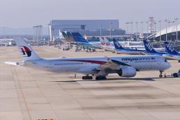 TOPAZ102さんが、関西国際空港で撮影したマレーシア航空 A350-941の航空フォト(飛行機 写真・画像)