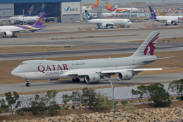 航空フォト:A7-BGB カタール航空カーゴ 747-8