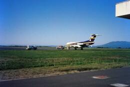 KOMAKIYAMAさんが、鹿児島空港で撮影したエア・ナウル F28-1000 Fellowshipの航空フォト(飛行機 写真・画像)