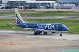 つっさんさんが、福岡空港で撮影したフジドリームエアラインズ ERJ-170-200 (ERJ-175STD)の航空フォト(飛行機 写真・画像)