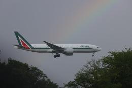 OS52さんが、成田国際空港で撮影したアリタリア航空 777-243/ERの航空フォト(飛行機 写真・画像)