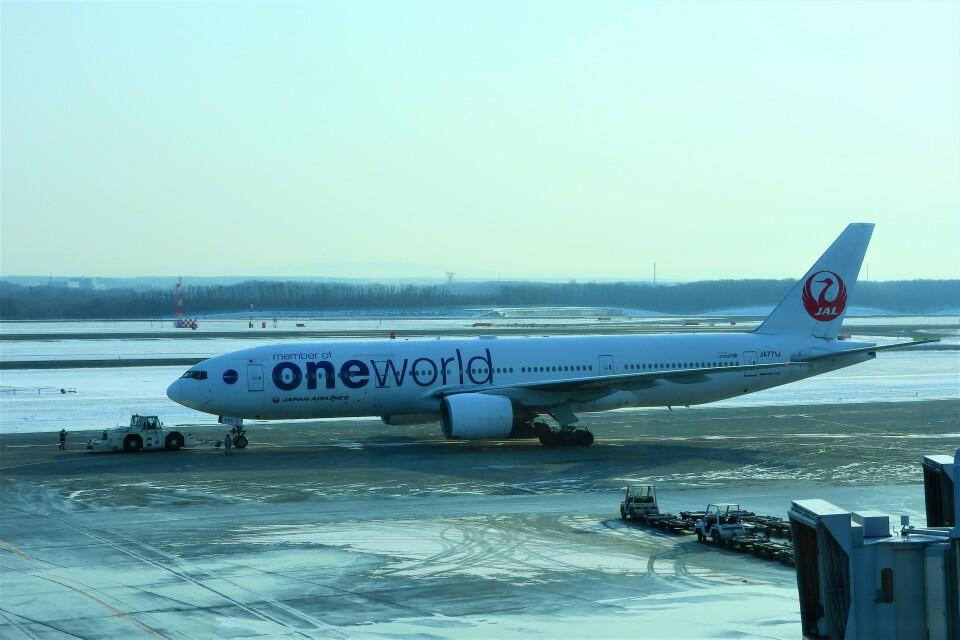 timeさんの日本航空 Boeing 777-200 (JA771J) 航空フォト
