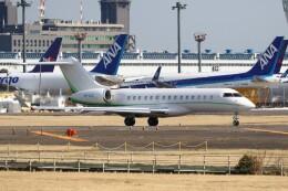 不揃いさんが、成田国際空港で撮影したTAG エイビエーション・アジア BD-700-1A10 Global 6000の航空フォト(飛行機 写真・画像)
