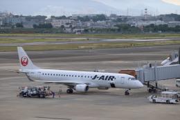 flyflygoさんが、伊丹空港で撮影したジェイエア ERJ-190-100(ERJ-190STD)の航空フォト(飛行機 写真・画像)
