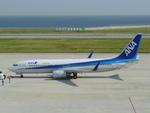 kintaroさんが、神戸空港で撮影した全日空 737-881の航空フォト(写真)