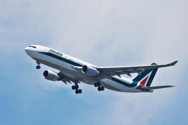 航空フォト:EI-EJL アリタリア航空 A330-200