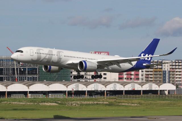 らいおんさんが、福岡空港で撮影したスカンジナビア航空 A350-941の航空フォト(飛行機 写真・画像)