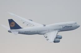 いんちゃんさんが、羽田空港で撮影したルフトハンザドイツ航空 747-830の航空フォト(飛行機 写真・画像)