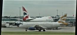 Rsaさんが、ロンドン・ヒースロー空港で撮影したブリティッシュ・エアウェイズ A319-131の航空フォト(飛行機 写真・画像)