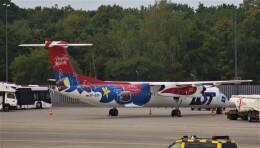 Rsaさんが、ベルリン・テーゲル空港で撮影したLOTポーランド航空 DHC-8-402Q Dash 8の航空フォト(飛行機 写真・画像)