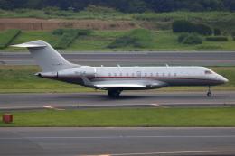▲®さんが、成田国際空港で撮影したビスタジェット BD-700-1A10 Global 6000の航空フォト(飛行機 写真・画像)