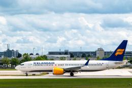 gomaさんが、ミュンヘン・フランツヨーゼフシュトラウス空港で撮影したアイスランド航空 737-8-MAXの航空フォト(飛行機 写真・画像)