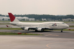 woodpeckerさんが、成田国際空港で撮影した日本航空 747-446の航空フォト(飛行機 写真・画像)