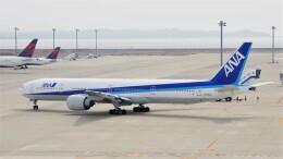 ハミングバードさんが、中部国際空港で撮影した全日空 777-381/ERの航空フォト(飛行機 写真・画像)