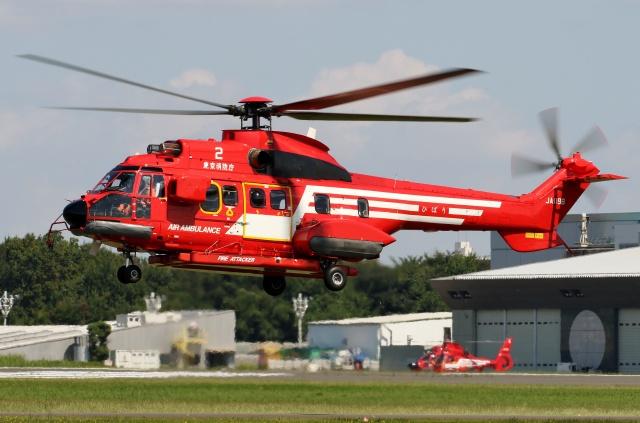 TA27さんが、立川飛行場で撮影した東京消防庁航空隊 AS332L1の航空フォト(飛行機 写真・画像)