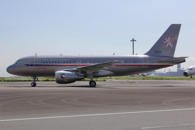 しゃこ隊さんが、羽田空港で撮影したチェコ空軍 A319-115CJの航空フォト(飛行機 写真・画像)