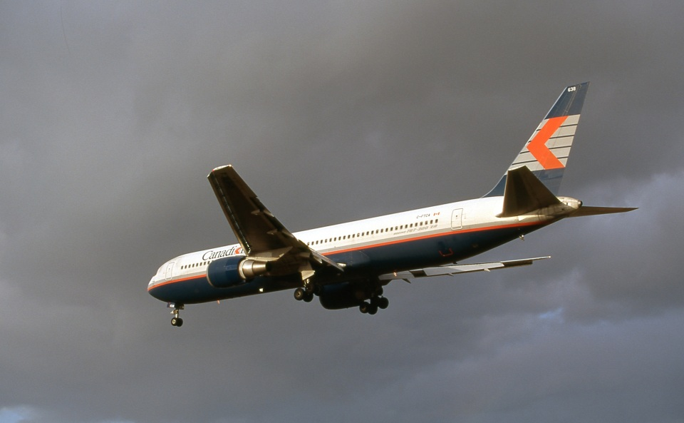 LEVEL789さんのカナディアン航空 Boeing 767-300 (C-FTCA) 航空フォト