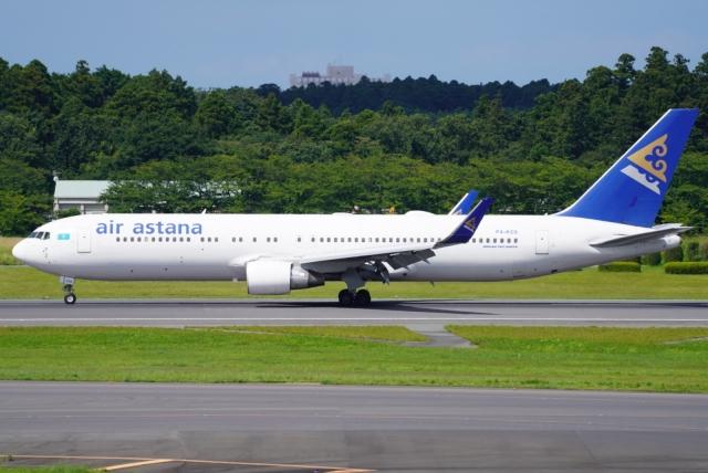 SFJ_capさんが、成田国際空港で撮影したエア・アスタナ 767-3KY/ERの航空フォト(飛行機 写真・画像)