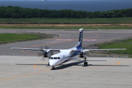 Cleared for take offさんが、新潟空港で撮影したANAウイングス DHC-8-402Q Dash 8の航空フォト(飛行機 写真・画像)