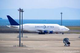 triton@blueさんが、中部国際空港で撮影したボーイング 747-409(LCF) Dreamlifterの航空フォト(飛行機 写真・画像)
