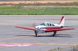 Cleared for take offさんが、新潟空港で撮影した日本個人所有 E33 Bonanzaの航空フォト(飛行機 写真・画像)