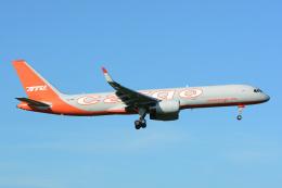 banshee02さんが、成田国際空港で撮影したアビアスター 757-223(SF)の航空フォト(飛行機 写真・画像)