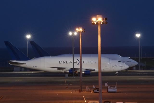 cieloさんが、中部国際空港で撮影したボーイング 747-4J6(LCF) Dreamlifterの航空フォト(飛行機 写真・画像)