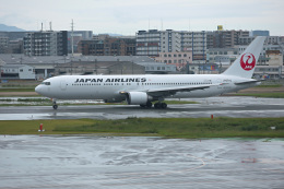 ansett747さんが、福岡空港で撮影した日本航空 767-346/ERの航空フォト(飛行機 写真・画像)