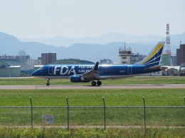 熱血男子さんが、札幌飛行場で撮影したフジドリームエアラインズ ERJ-170-200 (ERJ-175STD)の航空フォト(飛行機 写真・画像)