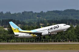 にしやんさんが、女満別空港で撮影したAIR DO 737-781の航空フォト(飛行機 写真・画像)