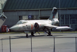 AkiChup0nさんが、名古屋飛行場で撮影した航空自衛隊 F-104J Starfighterの航空フォト(飛行機 写真・画像)