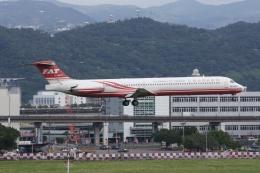 磐城さんが、台北松山空港で撮影した遠東航空 MD-83 (DC-9-83)の航空フォト(飛行機 写真・画像)