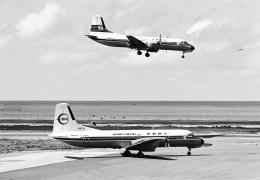 A-330さんが、那覇空港で撮影した南西航空 YS-11A-214の航空フォト(飛行機 写真・画像)