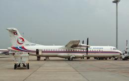 hs-tgjさんが、ドンムアン空港で撮影したラオス国営航空 ATR 72-202の航空フォト(飛行機 写真・画像)