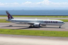 ドガースさんが、中部国際空港で撮影したカタール航空 777-3DZ/ERの航空フォト(飛行機 写真・画像)