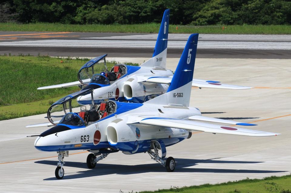F-4さんの航空自衛隊 Kawasaki T-4 (16-5663) 航空フォト