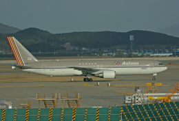 tsubameさんが、仁川国際空港で撮影したアシアナ航空 767-38Eの航空フォト(飛行機 写真・画像)