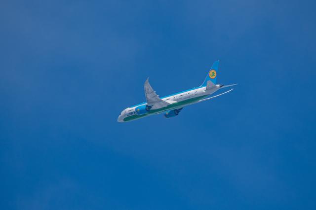 航空フォト:UK78705 ウズベキスタン航空
