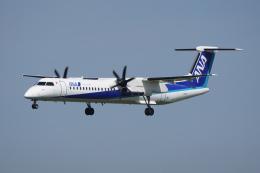 神宮寺ももさんが、福岡空港で撮影したANAウイングス DHC-8-402Q Dash 8の航空フォト(飛行機 写真・画像)