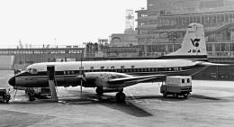 Y.Todaさんが、羽田空港で撮影した日本国内航空 YS-11-108の航空フォト(飛行機 写真・画像)